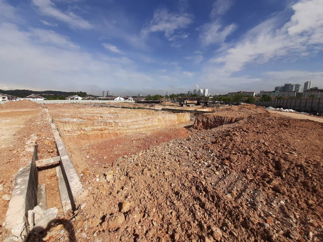 Block 10 – Footing excavation in progress