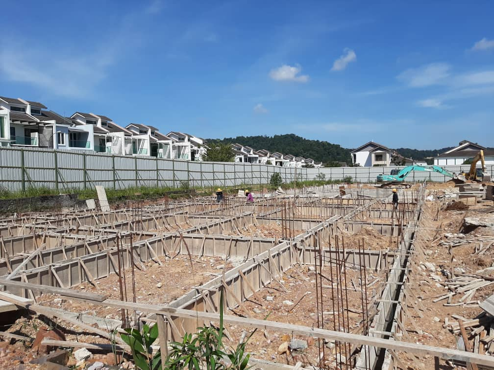 Block 12 - Ground beam in progress