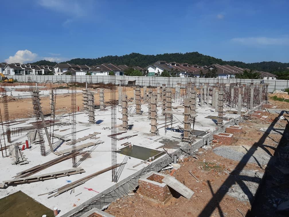 Block 5 - Ground floor column in progress